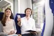 Paar in einem Zug