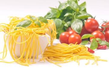 spaghetti alla curcuma