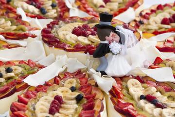 wedding cake with fruits
