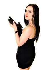 Belle femme avec une arme à feu