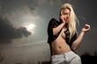 Blonde Frau erotisch