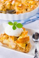 Traditioonal apple pie