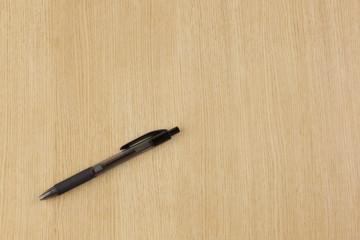 テーブルのボールペン