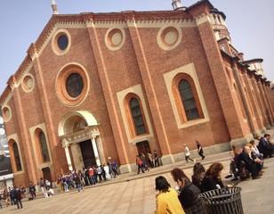 turisti a Santa Maria delle Grazie, Milano