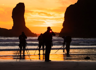 Photographers at sunset, Second Beach, Olympic National Park, Washington, USA