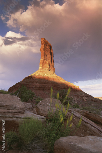 The Princess Plume rock pillar, eroded gritstone pillar on the top of a rise, in the Valley of the Gods.