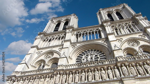 Notre Dame Cathedral in Paris, timelapse