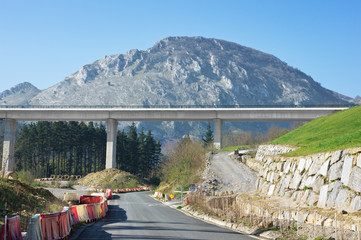 tav viaduct construction in basque country