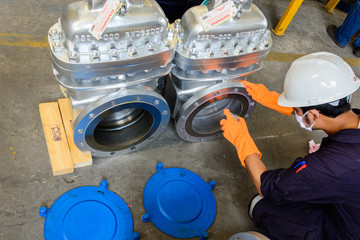 Liquid Penetrant Testing on valve