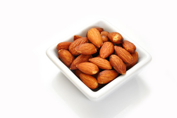 Whole Almonds for a Delicious Healthy Snack