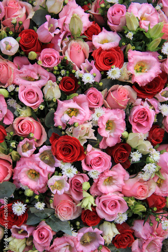 Red, pink and white wedding arrangement