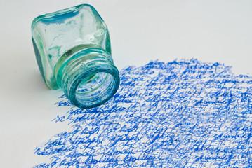 Tintenfass und Schrift