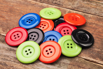 DIfferent color simple plastic buttons