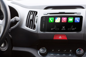 beauty in the car and touch play auto smart system