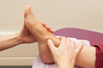 Massage du pied