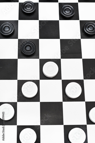 playing position on checkers board