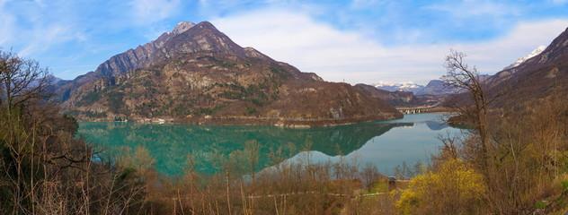 Lago Cavazzo, der größte See Friauls