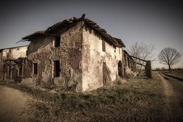 vecchia cascina