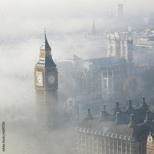 canvas print picture Heavy fog hits London