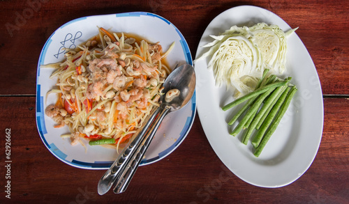 Somtum with vegetables. (tradition famous Thai foods)