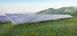 Pannelli solari illuminati dai raggi del sole poster