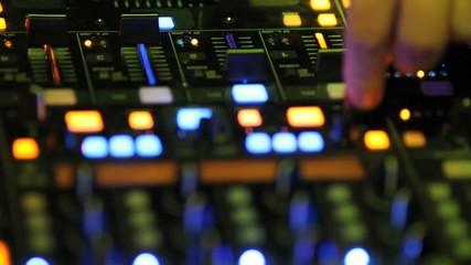 dj music mixer console