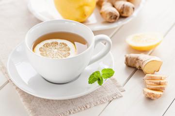 Zitronen-Ingwer Tee