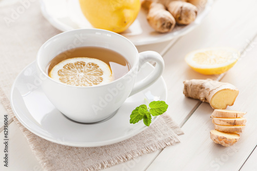 Foto op Aluminium Thee Zitronen-Ingwer Tee