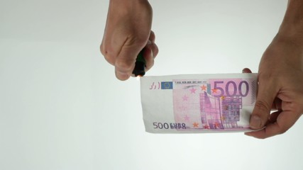 burning 500 euro note