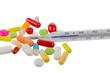 Tabletten und Fieberthermometer