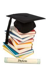 Doktorhut auf Bücherstapel