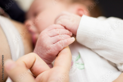breastfeeding newborn baby