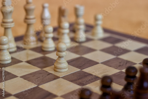 White make the first move in chess 2