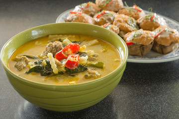 Green curry Chicken Intense soup