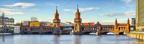 canvas print picture Oberbaum bridge in Belin - Germany