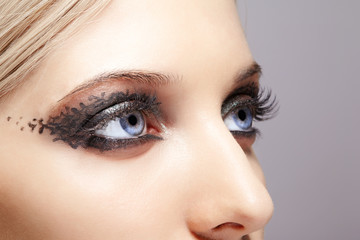 woman eyes with day makeup