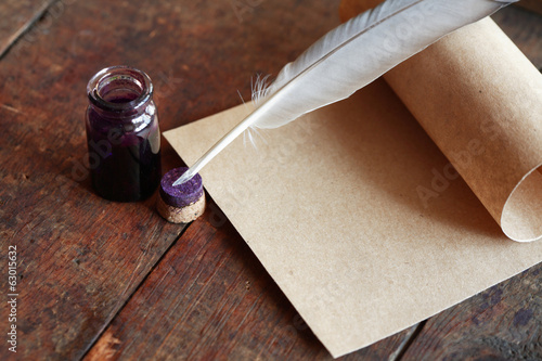 canvas print picture Quill And Scroll