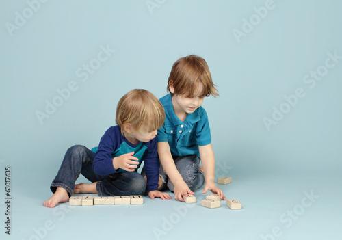 Leinwanddruck Bild Children Playing