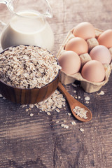 Oat flakes, eggs, milk