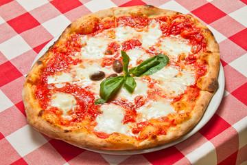 Pizza Margherita Plate