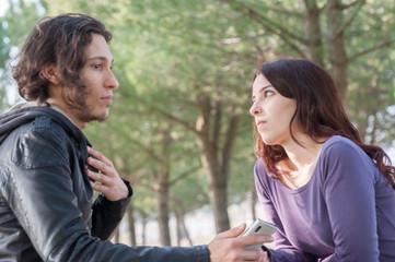discussion between boyfriends