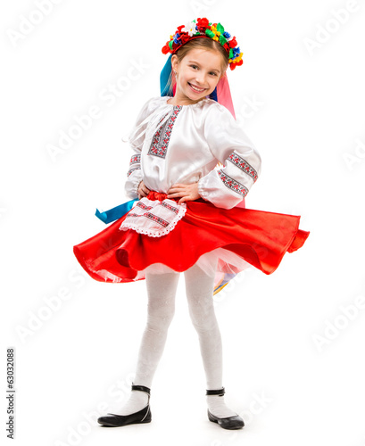little girl in Ukrainian costume