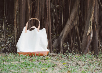 Fashion Canvas Bags with Banyan Tree