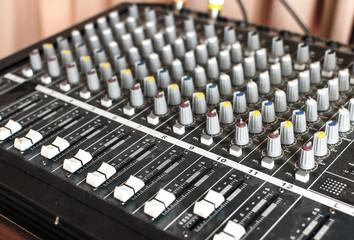 equipment for sound mixer control