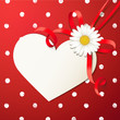 Herzkarte mit Margeritenschleife - Rot, Polka Dots