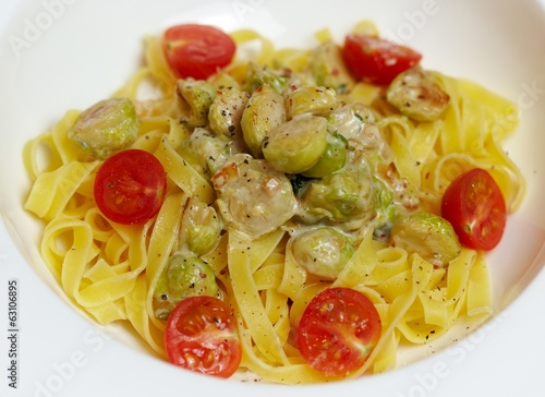 Tagliatelle with brussels sprouts in cream sauce