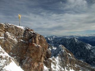 Zugspitze - Gipfelkreuz und Ausblick