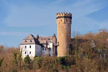 Die gotische Burg von Dehrn bei Runkel