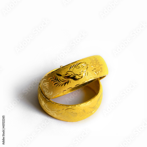 Traditional chinese wedding bangles