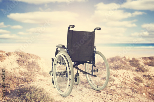wheelchair - 63129857